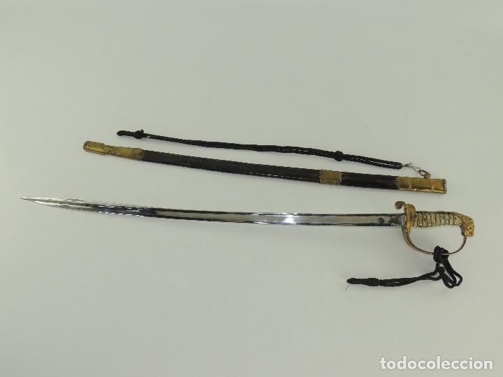 SABLE ESPADA DE OFICIAL DE LA MARINA MODELO ÉPOCA DE FRANCO (Militar - Armas Blancas Originales Fabricadas entre 1851 y 1945)
