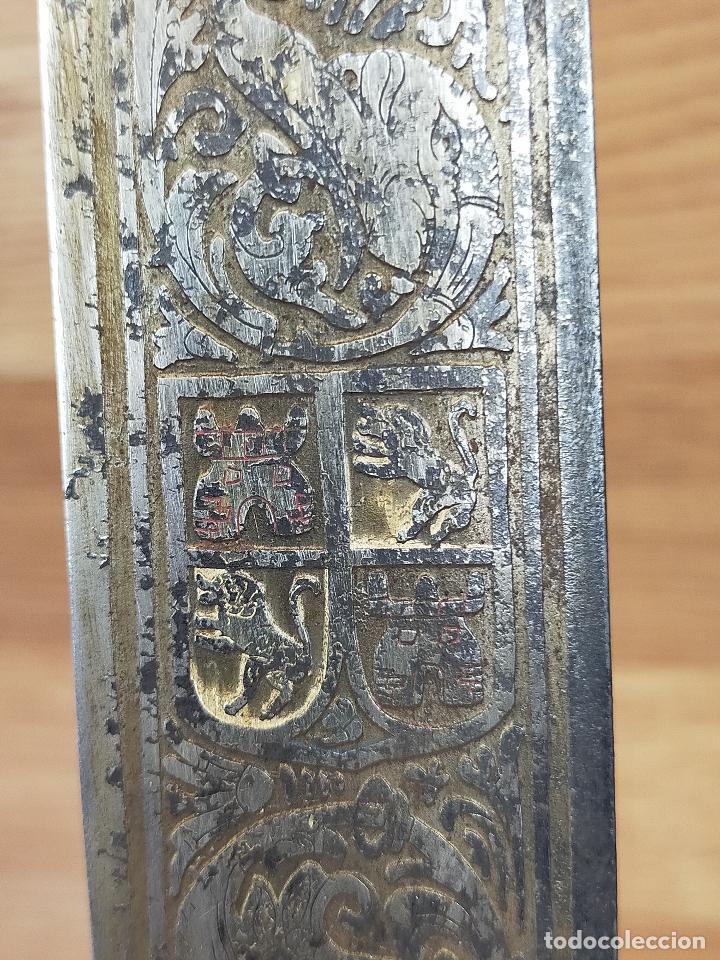 Militaria: gran espada 90 cm con hoja grabada - Foto 6 - 248196560