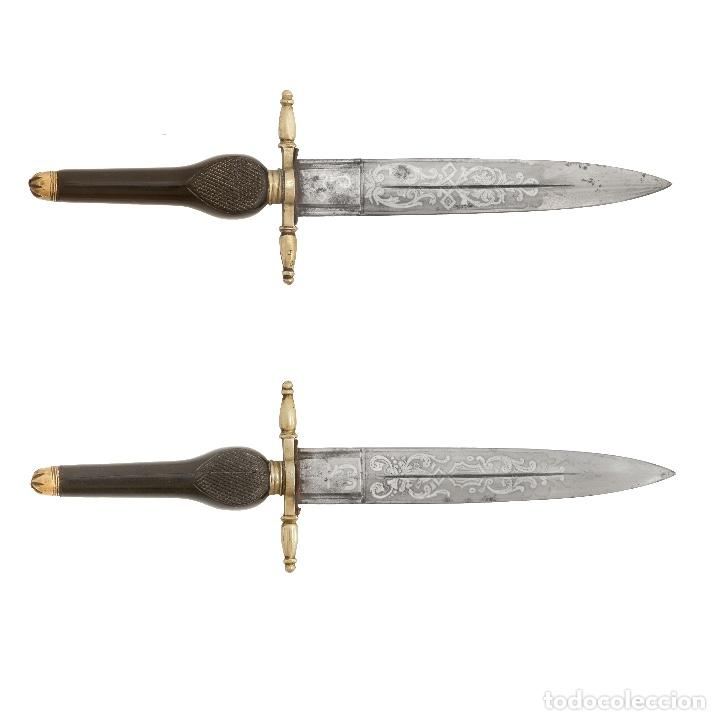 CONSERVADA BAYONETA DE TACO. TOLEDO S XIX. MANGO EN ÉBANO. HOJA GRABADA. 30,5 CM. (Militar - Armas Blancas Originales Fabricadas entre 1851 y 1945)