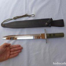 Militaria: RESERVADO * CUCHILLO DE COMBATE TACTICO CON ROSCA PARA HACERSE LANZA. ORIGINAL. ZX. Lote 274432163