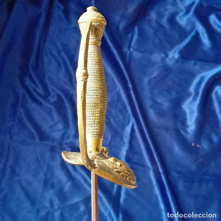 Militaria: Espada de ceñir. Oficial de Infantería. Modelo 1867 - Foto 3 - 279512608