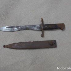 Militaria: ANTIGUA BAYONETA ESPAÑOLA PARA MAUSER CORUÑA MODELO 1941, ORIGINAL, CON FUNDA.. Lote 288650238