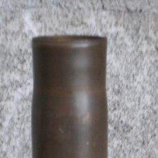 Militaria: VAINA .. MEDIDAS 5,6 CM. DIÁMETRO BASE 31 CM. LARGA. Lote 16151918
