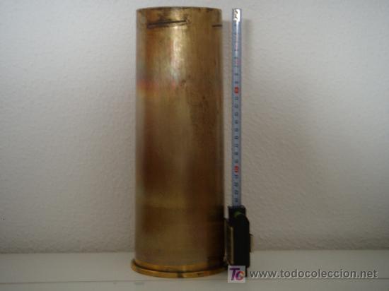 Militaria: VAINA DE LATÓN DE OBÚS DE 105 MM. LIGHT GUN, INERTE. - Foto 2 - 135762866