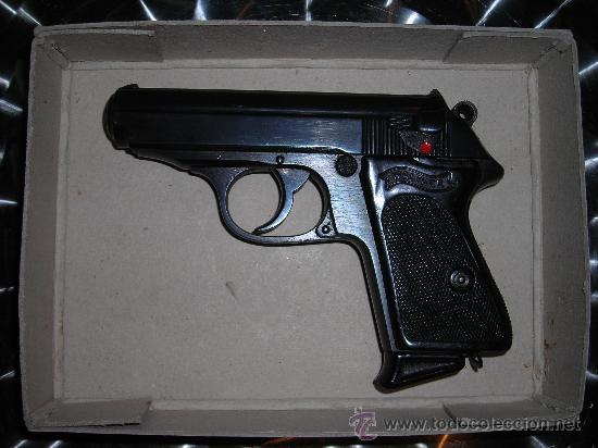 PISTOLA WALTHER PPK CAL.7,65 BROWNING. (Militar - Armas de Fuego en Uso)