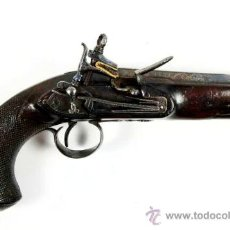 Militaria: PISTOLA MADRILEÑA DE AVANCARGA CON LLAVE DE PEDERNAL DE 1821 FIRMADA POR URQUIOLA. Lote 26321567