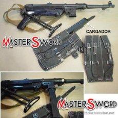 Militaria: AMETRALLADORA ALEMANA MP 40 CALIBRE 9MM TERCER REICH + FUNDA CARGADORES + CORREA. 64 CMS. Lote 26877499