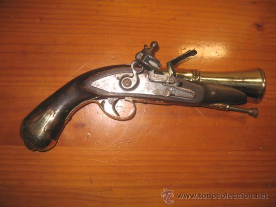 PISTOLA TRABUCO DE AVANCARGA CON LLAVE DE CHISPA O PEDERNAL (Militar - Armas de Fuego de Avancarga y Complementos)