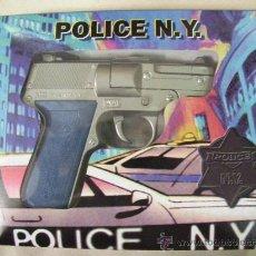 Militaria: PISTOLA POLICIA DE NEW YORK DE DYAL EN SU CAJA NUEVO DE METAL TAMAÑO GRANDE NUEVO DE TIENDA. Lote 29260048