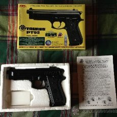 Militaria: PISTOLA DE BOLAS TAURUS PT 92 SOFTAIR GUN REPLICA DE BERETTA + DIANA + BOLAS. Lote 69884289