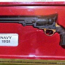 Militaria: REVOLVER NAVY 1851, RÉPLICA EN MINIATURA ESCALA 1:2,5. Lote 56305069