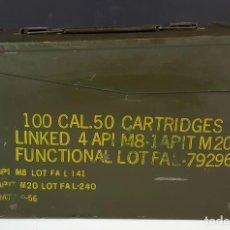 Militaria: CAJA DE MUNICIÓN MILITAR. PARA 100 CARTUCHOS DEL CALIBRE 50. M8-M20. 1956.. Lote 87295676