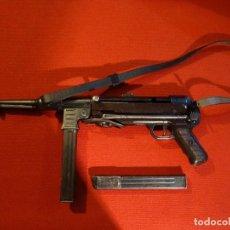 Militaria: SUBFUSIL DE ASALTO MP-40 CON 2 CARGADORES. Lote 99207415