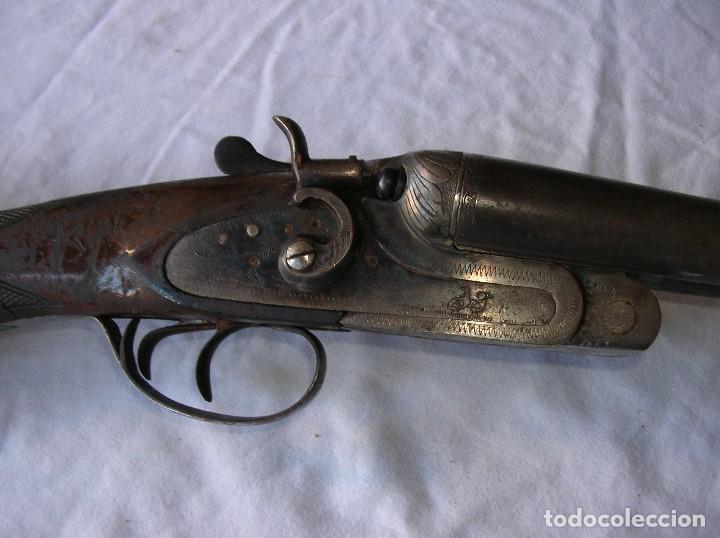 Militaria: .Old shotgun .Alte Schrotflinte . Espingarda .Cal 12 .Escopeta.de Perrillos . Larrañaga . Papeles . - Foto 7 - 107823923