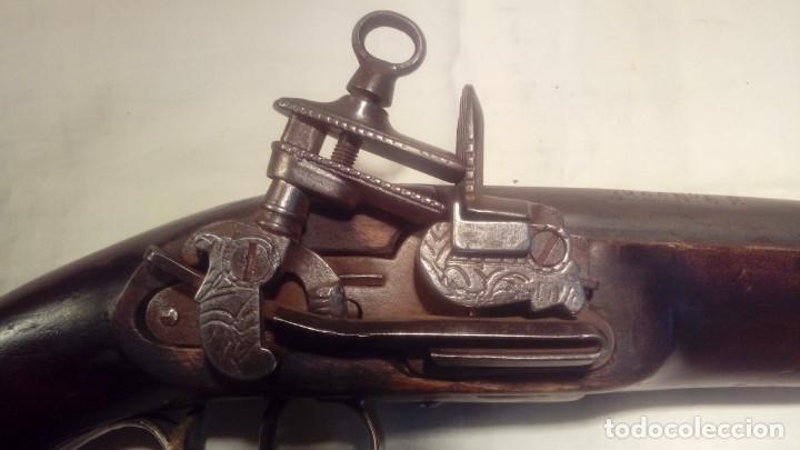 Militaria: pistola de chispa del REAL CUERPO DE GUARDIAS DE LA PERSONA DEL REY - Foto 3 - 110712559