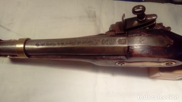 Militaria: pistola de chispa del REAL CUERPO DE GUARDIAS DE LA PERSONA DEL REY - Foto 5 - 110712559