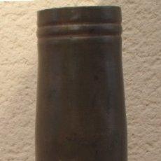 Militaria: VAINA NAVAL DE 40 MM BOFORS 40/70 CON TODOS LOS MARCAJES PARA CAÑON 40 L70 - 40/L70 - 40MM 1. Lote 112865019