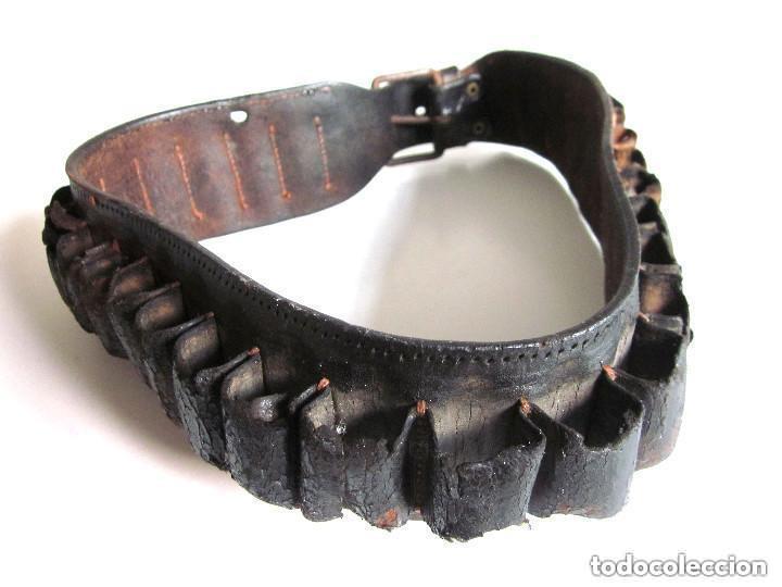 Militaria: Antigua Cartuchera Cinturón cartuchos portabalas de cuero piel con hebilla Guerra Civil ? - Foto 5 - 121725987