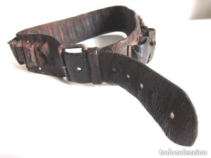 Militaria: Antigua Cartuchera Cinturón cartuchos portabalas de cuero piel con hebilla Guerra Civil ? - Foto 7 - 121725987