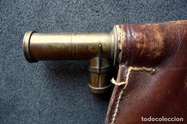 Militaria: (JX-180670)Polvorera y perdigonera , de cuero y boquillas dosificadoras de metal . - Foto 3 - 125324027