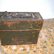 Militaria: CAJA M.G 13..PORTA CARGADORES.TANQUE..PANZER 1..LEGION CONDOR..GUERRA CIVIL..1935. Lote 125400419