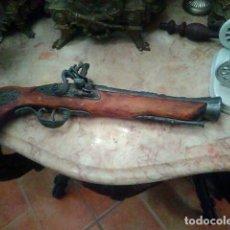 Militaria: REPLICA DE PISTOLA ANTIGUA .. Lote 134946474