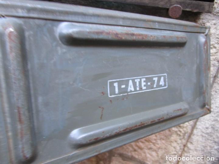 Militaria: CAJA METALICA FRANCESA TRANSPORTE DE CURTUCHE 30*15*18CM + INFO - Foto 3 - 137815466