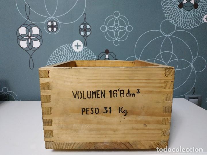 Militaria: Caja de municion de madera FCA. De Toledo 9 largo de 1976 - Foto 3 - 144517022