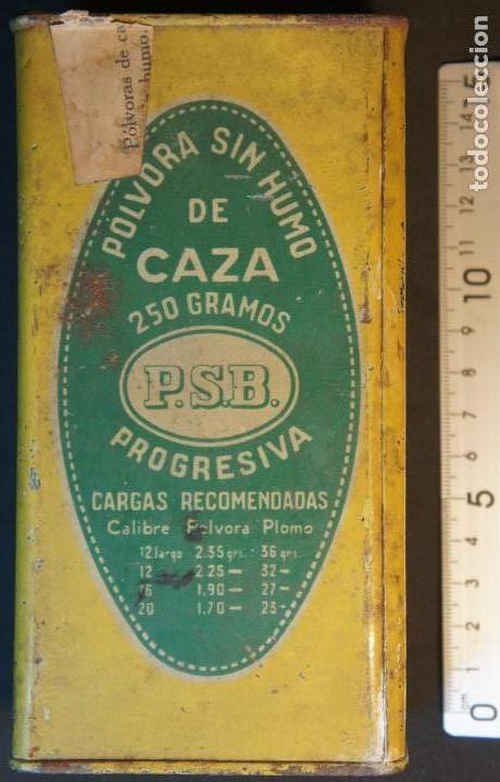 Militaria: Antiguo bote, caja o lata de pólvora de caza sin humo. P.S.B. Santa Bárbara. 250grs. - Foto 2 - 146943402