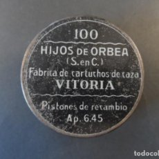 Militaria: CAJA METALICA DE PISTONES DE RECAMBIO. HIJOS DE ORBEA. VITORIA- ESPAÑA. Lote 170882795