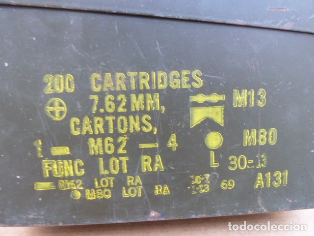 Militaria: Caja de municion metalica, para MG - M 60 - M73. para 200 cartuchos calibre 7,62...con uso.inerte. - Foto 2 - 172131915