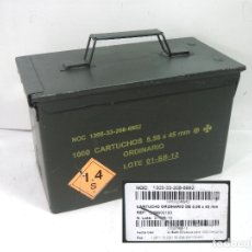 Militaria: CAJA MUNICION-1000 CARTUCHOS 5.56X45 MM - GENERAL DYNAMICS PALENCIA- METALICA CARTUCHERIA SEGURIDAD. Lote 175455179