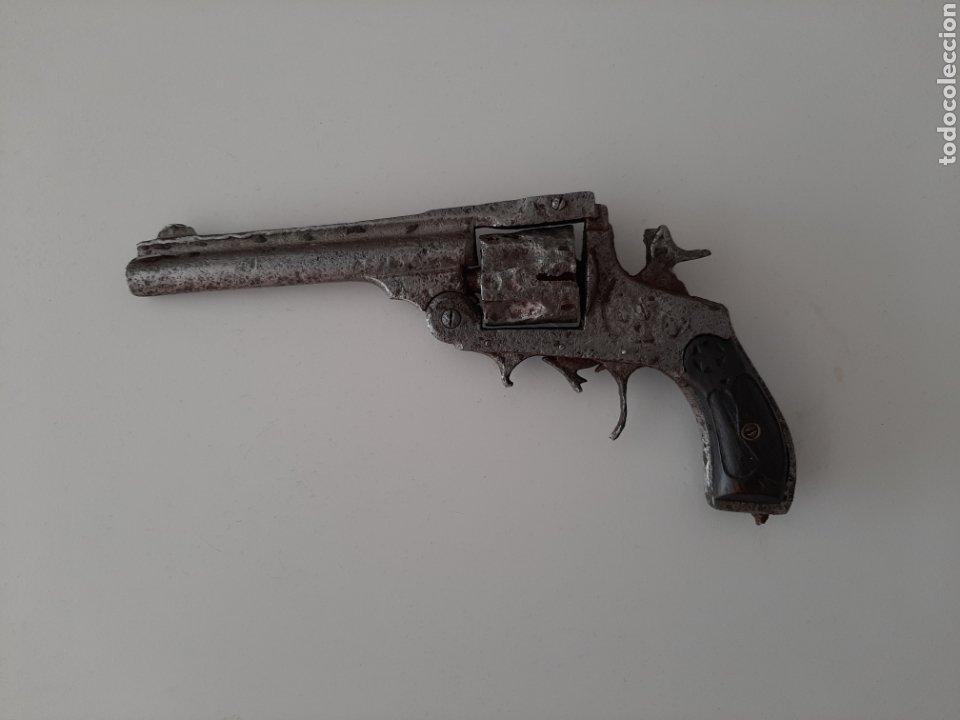 REVOLVER EUSKARO SMITH&WESSON GUERRA CIVIL. (Militar - Armas de Fuego Inutilizadas)