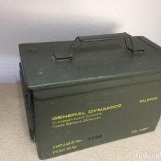 Militaria: CAJA METÁLICA MUNICIÓN MILITAR. Lote 183331750