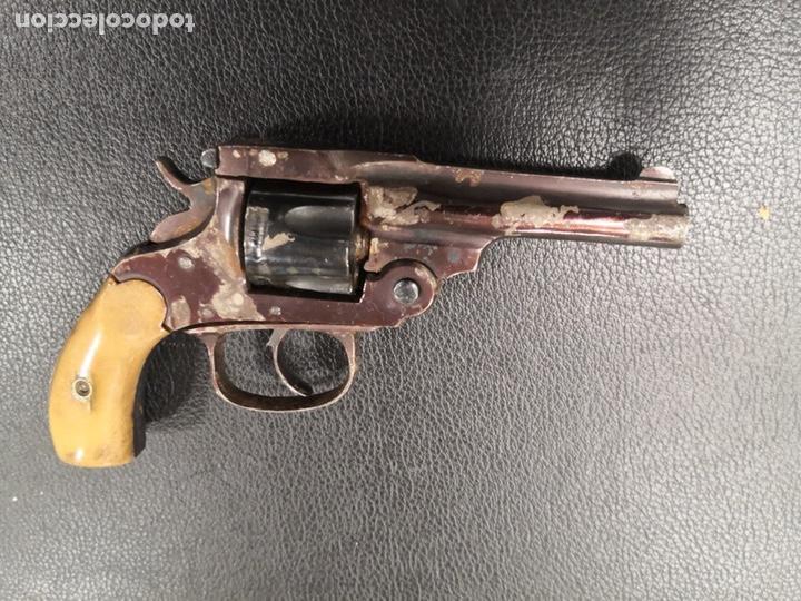 ANTIGUO REVÓLVER ESPAÑOL MODELO 1884 -INUTILIZADO (Militar - Armas de Fuego Inutilizadas)