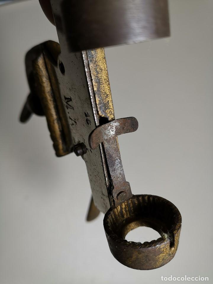 Militaria: Máquina herramienta para cargar cartuchos de caza, cal. 16 .normales y lefaucheux.RECARGA - Foto 12 - 186376321