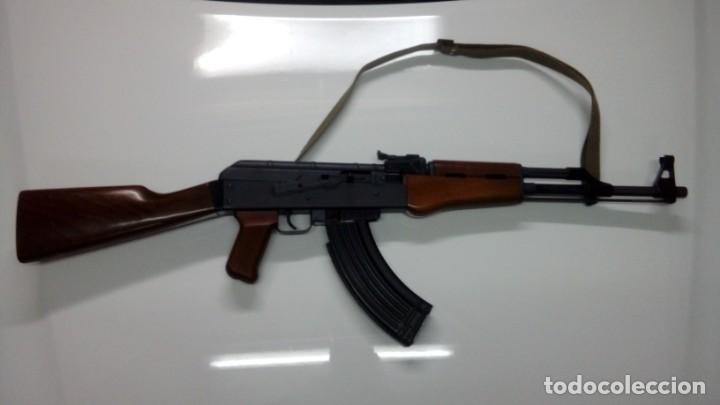 CARABINA AK47 CAL. 22 LR (Militar - Armas de Fuego en Uso)