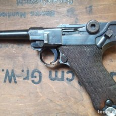 Militaria: P08 LUGER PISTOLA DE LA POLICÍA 1942 EN LIBRO DE COL. REBAJADO!!!!!. Lote 190715113