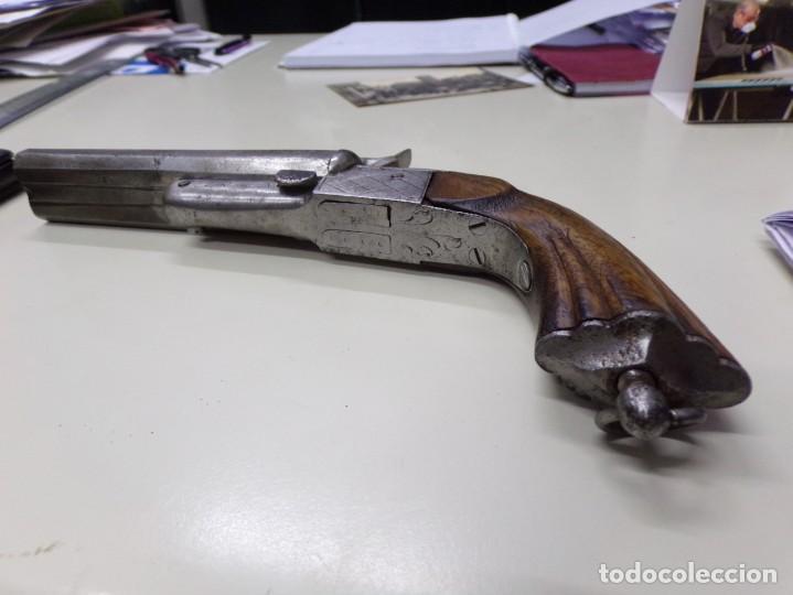 Militaria: pistola dos cañones con grabados dibujos en el metal - Foto 5 - 216747710