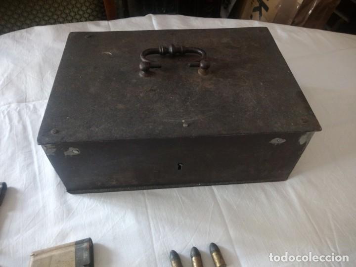 Militaria: Lote 5,600 kg de munición variada de 2ª guerra mundial,caja de caudales de hierro .1940,inerte - Foto 12 - 216834983