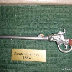 Militaria: REPRODUCCION EN MINIATURA DE CARABINA TARPLEY AÑO 1863. Lote 217073630