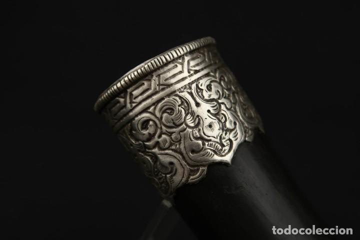 Militaria: Antigua Trompeta de Cuerno y Plata Labrada Tibet Siglo XIX - Foto 4 - 219895141