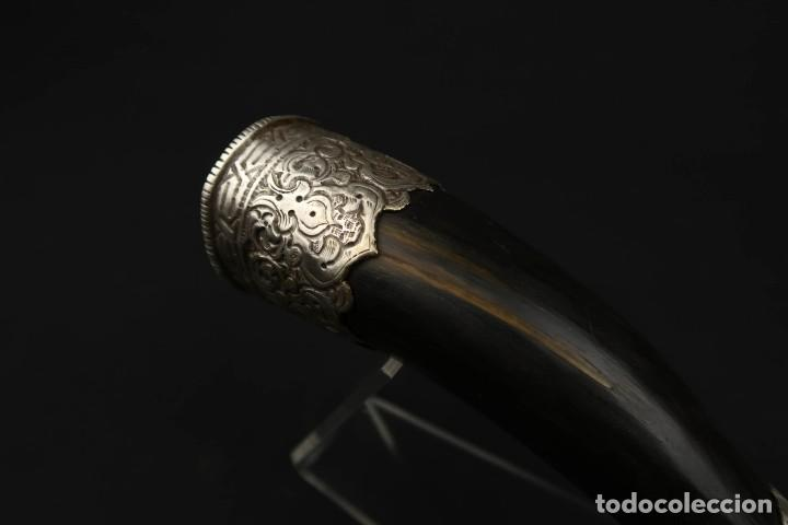 Militaria: Antigua Trompeta de Cuerno y Plata Labrada Tibet Siglo XIX - Foto 10 - 219895141