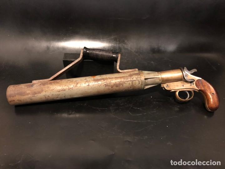 LANZACABOS DE LA MARINA BRITÁNICA MARCA SCHERMULY (Militar - Armas de Fuego de Avancarga y Complementos)