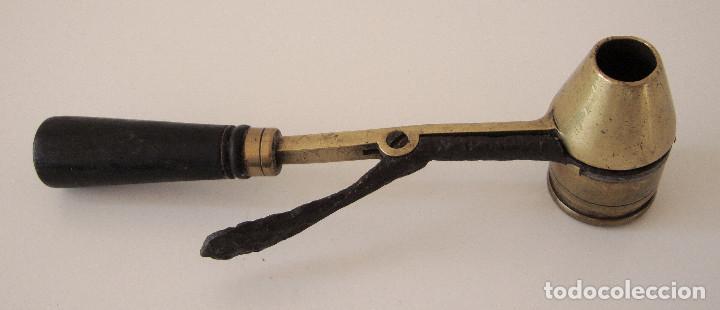 Militaria: Antiguo medidor de pólvora. Bastante raro - Foto 2 - 227842510