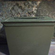 Militaria: CAJA DE MUNICIÓN 800 CARTUCHOS 5.56MM X 45 ORDINARIO VACÍA. Lote 231793990