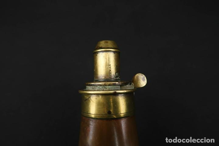 Militaria: Antigua Polvorera Inglesa de Cobre Sykes Patent - Foto 2 - 233425950