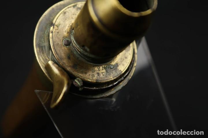 Militaria: Antigua Polvorera Inglesa de Cobre Sykes Patent - Foto 6 - 233425950