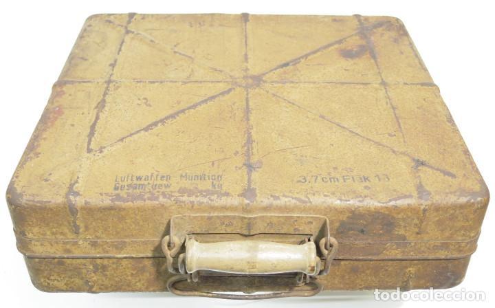 SGM WWII ALEMANIA CAJA DE TRANSPORTE PARA LOS 3,7CM FLAK, EN COLOR ARENA Y FECHADA 1944. (Militar - Cartuchería y Munición)