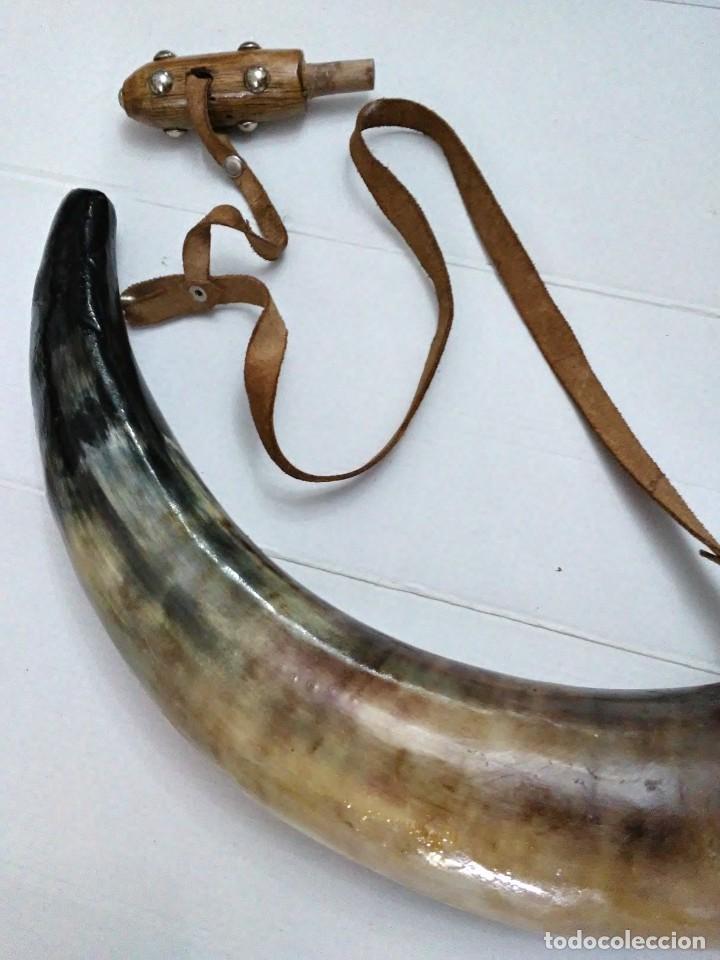 Militaria: Antigua polvorera de asta de toro 40 cm - Foto 7 - 244657050